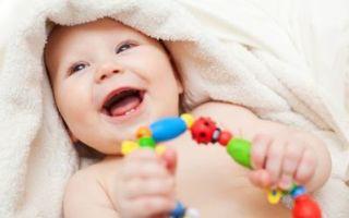 Красное пятно у новорожденного на ноге, шее, глазу, руке, животе, щеках: что это, чем лечить