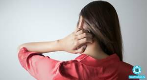 Почему появляются красные пятна на теле, коже рук и ног, на шее