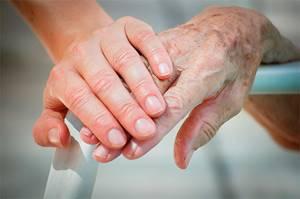 Старческие пятна на руках