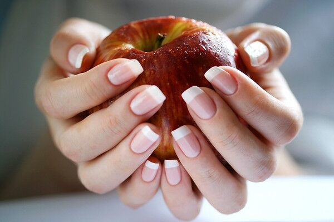 Пятно на среднем пальце