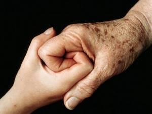 Возрастные пятна на коже рук