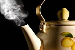 Лечение волдырей после ожогов кипятком в домашних условиях: чем можно и нельзя лечить, какими мазями обрабатывать