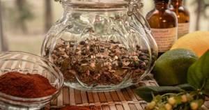 Какими травами лечить поджелудочную железу от панкреатита: домашний справочник