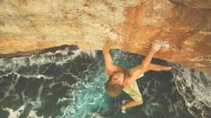 Как происходит выработка адреналина в организме человека